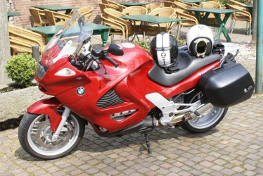 La Rouge...BMW K 1200 RS
