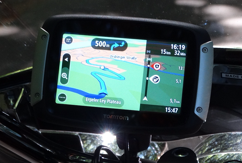 Spannende Route finden? Kein Problem für das TomTom Rider 400