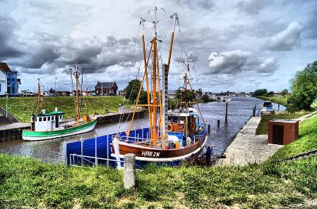 Land der Windmühlen und Deiche - Ostfriesland