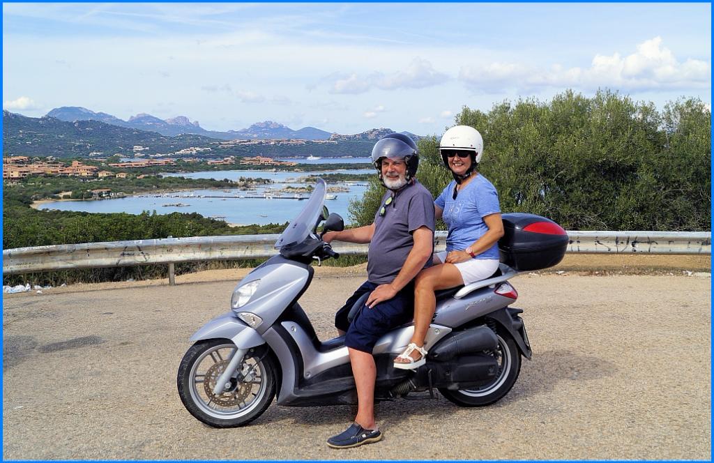 Reisecruiser mit nem' Roller auf Sardinien