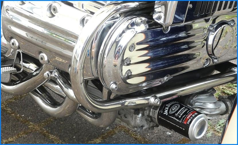 Honda F6C Valkyrie mit Jack Daniel's Ölfilter...;-)