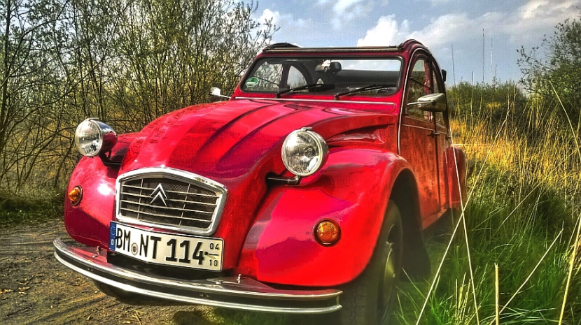 Citroën 2CV 6 by reisecruiser